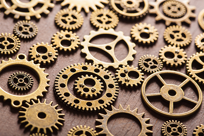 Information naturalization analogy: individual component gears are less useful if the connections to other gears are lost.
